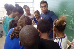 Aqui também tem extensão! Campanha de mobilização no combate ao Aedes aegypti nas escolas públicas de Viçosa - MG.